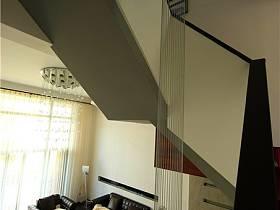 現代客廳躍層設計方案
