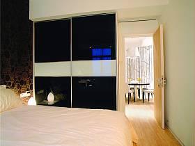现代卧室衣柜设计方案