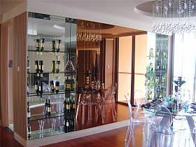 現代餐廳吊頂酒柜裝修圖