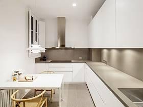 溫馨廚房椅圖片