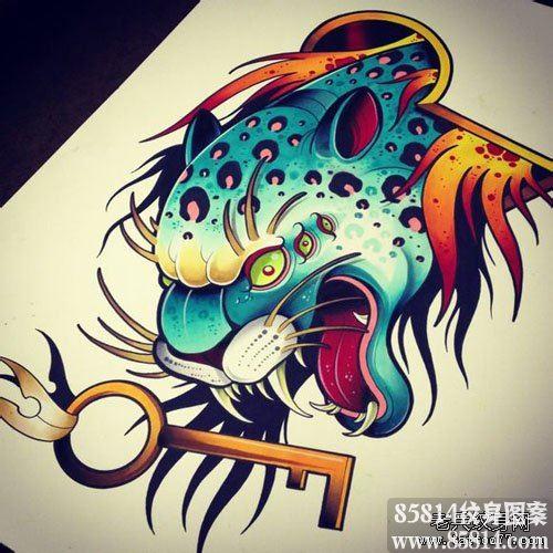 时尚超帅的豹头纹身手稿