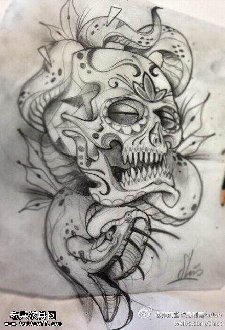 眼镜蛇骷髅纹身图案