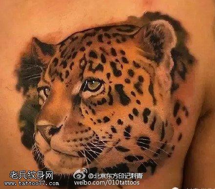 霸气的豹头纹身图案