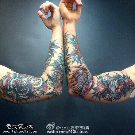 手臂嘎巴拉彩繪紋身圖案