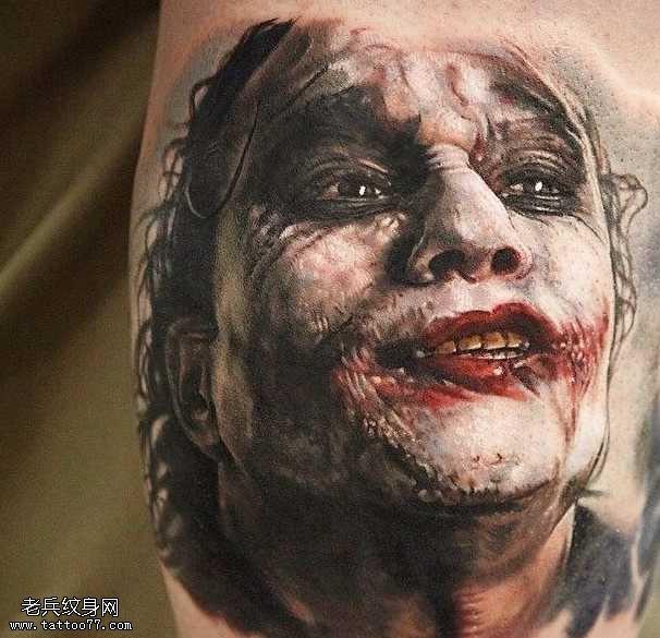 逼真恶魔小丑纹身图案