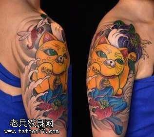 胳膊好看的彩色招財貓紋身圖案
