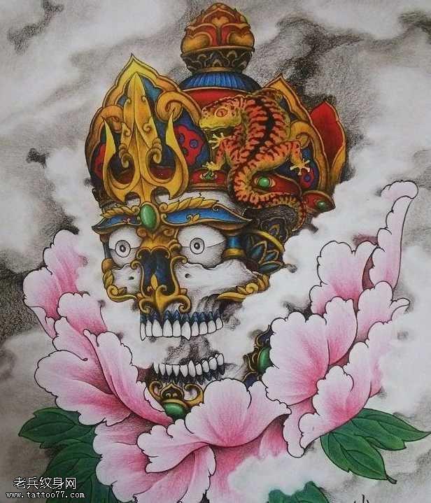 一幅彩色嘎巴拉纹身图案