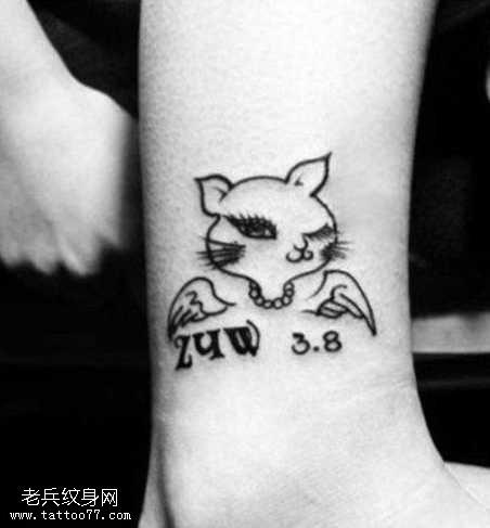 脚踝小猫天使纹身图案