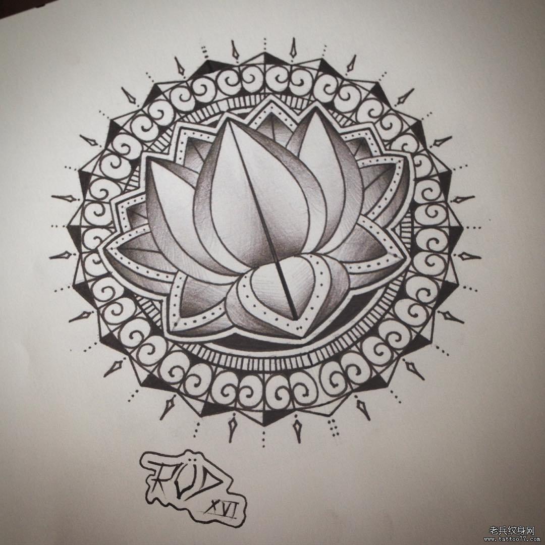 图腾荷花点刺梵花纹身图案手稿