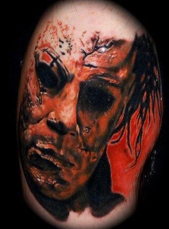 写实恐怖的黑白怪兽肖像纹身图案