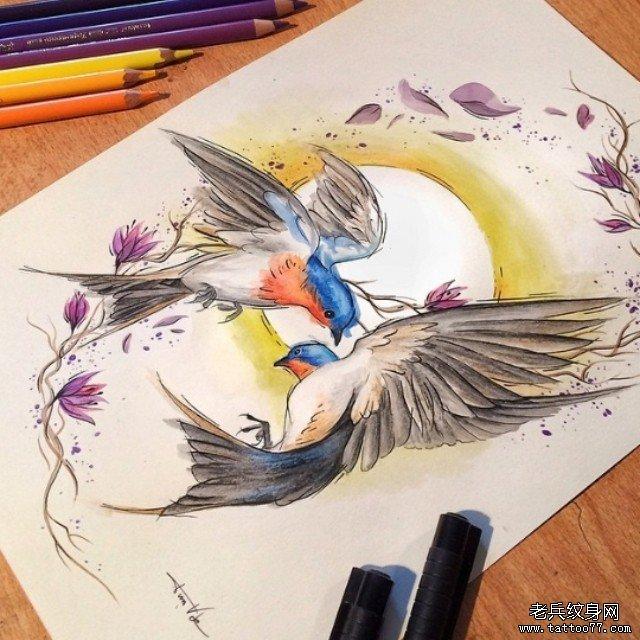 欧美彩色花蕊鸟太阳纹身图案手稿