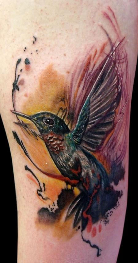 壮观的自然写实蜂鸟彩绘手臂纹身图案