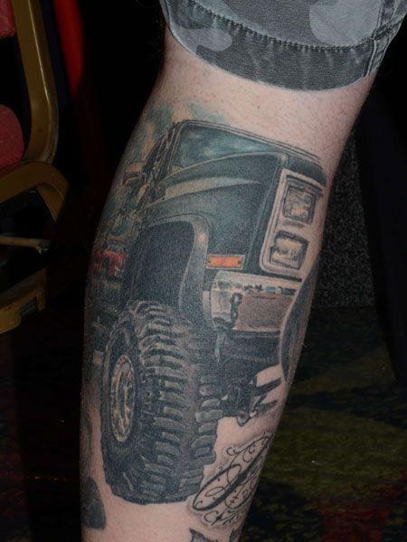 小腿吉普车彩绘纹身图案