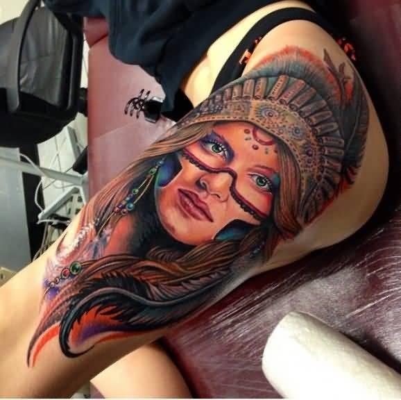 大腿美丽的印度女人肖像彩绘纹身图案