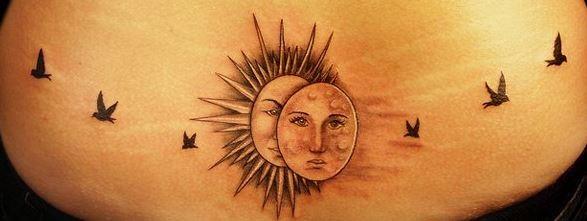 背部太陽和月亮小鳥紋身圖案