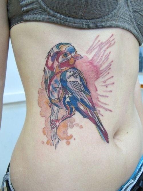 腹部水彩可爱的小鸟纹身图案