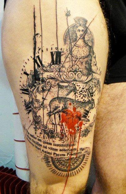 大腿黑色時鐘兔子雕塑與紅色心形紋身圖案