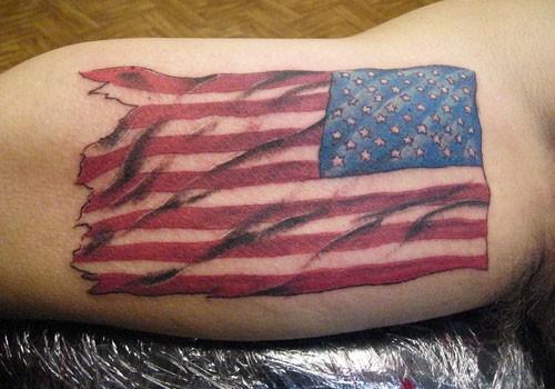 美国国旗彩绘手臂纹身图案