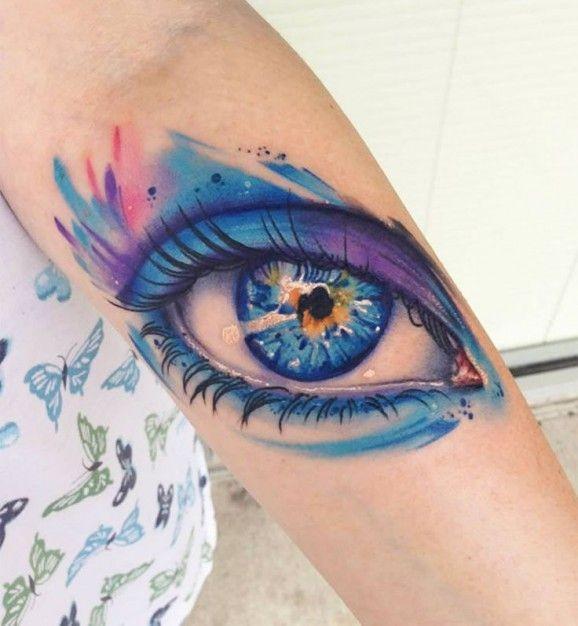 美丽的水彩眼睛纹身图案