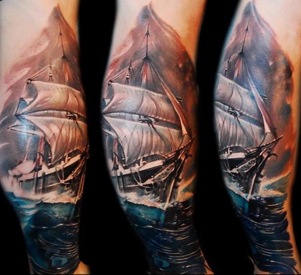 写实风格非常漂亮的彩色帆船纹身图案