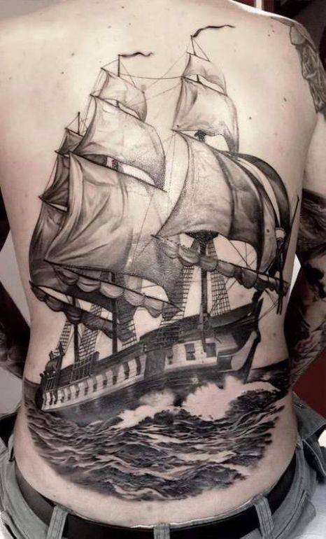 整個背部偉大的精彩船舶紋身圖案