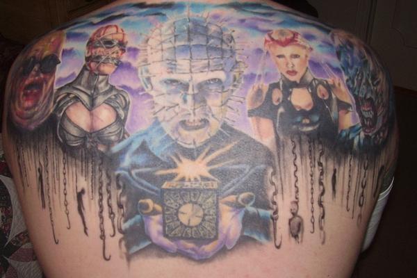 背部惊人的彩绘恐怖电影人物纹身图案
