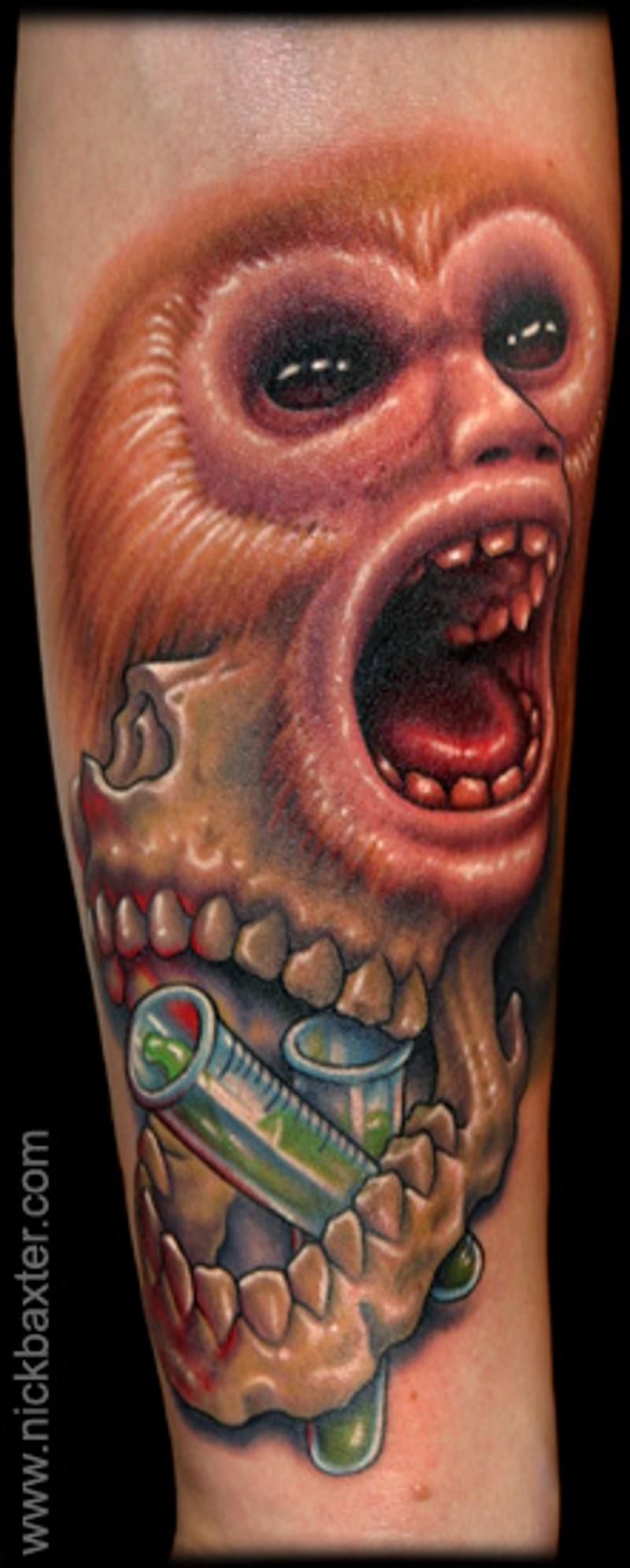 创意的猴子脸部结合颅骨纹身图案