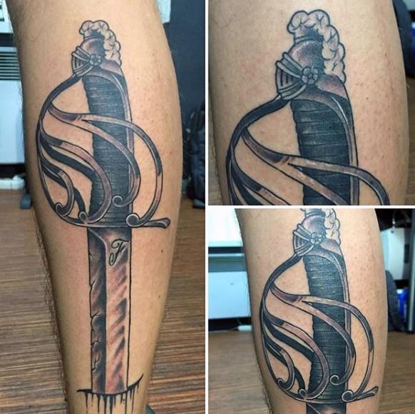 线条黑色滑稽的匕首纹身图案