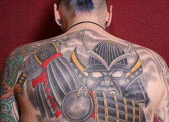 背部邪惡的武士紋身圖案