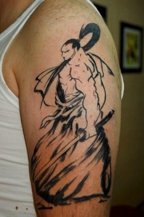 大臂优雅的武士纹身图案