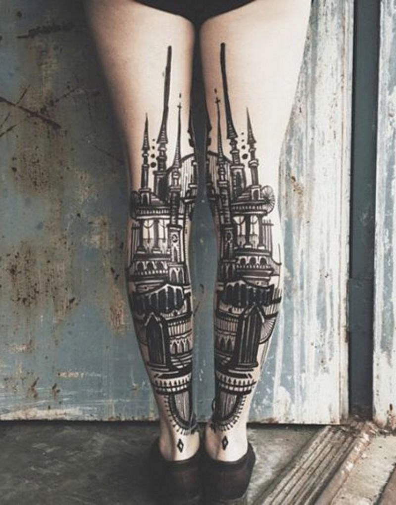 优雅风格的黑白建筑小腿纹身图案