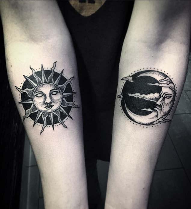 小臂old school黑色點刺太陽和月亮紋身圖案