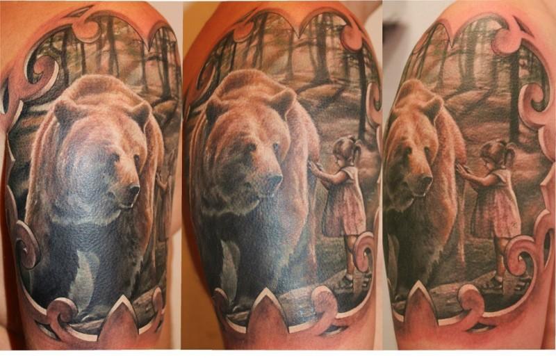 森林里的熊与小女孩纹身图案