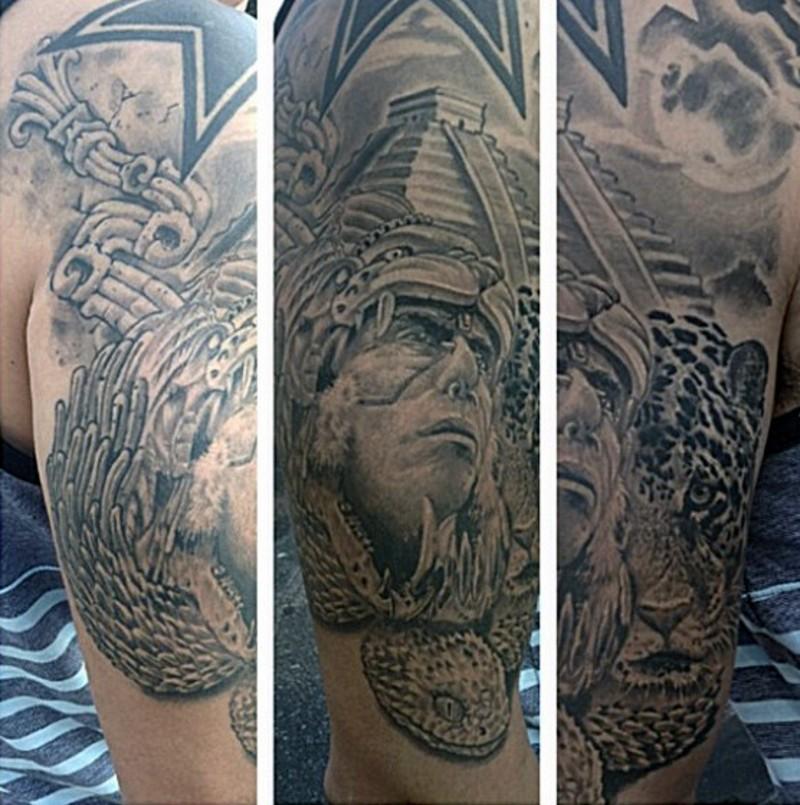 大臂黑灰部落男子肖像与寺庙豹子纹身图案